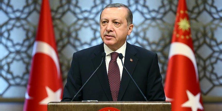 Erdoğan: Üzülerek söylüyorum kültür sanatta kopya çektik
