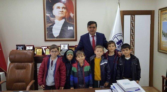 Miniklerden Başkan Yalçın'a ziyaret