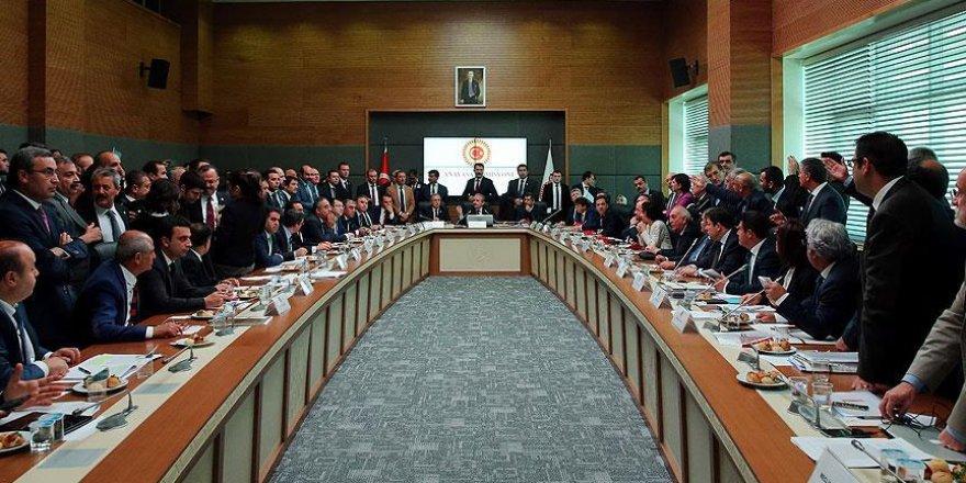 Siyasi parti temsilcileri Anayasa Komisyonundaki gerginliği değerlendirdi