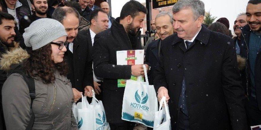 Konya'da, Yöresel Ürünler Satış Merkezi açıldı