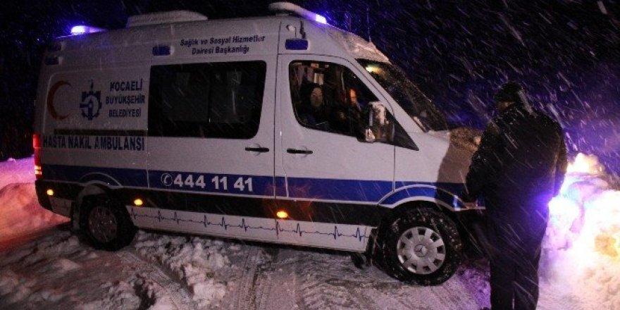 1.5 metre karda, hasta kurtarma seferberliği