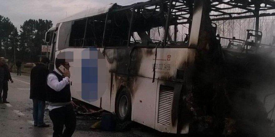 Samsun'da yolcu otobüsü alev alev yandı