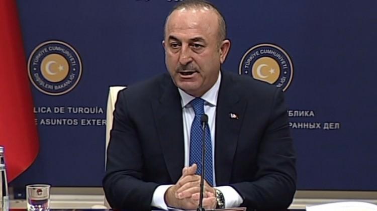 Bakan Çavuşoğlu, YPG için noktayı koydu!