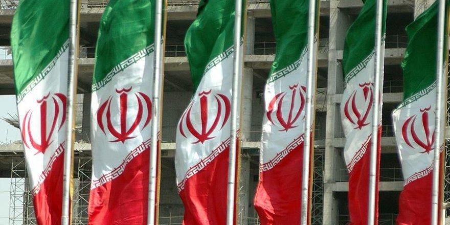 İranlı aktivistler Suriye halkından özür diledi