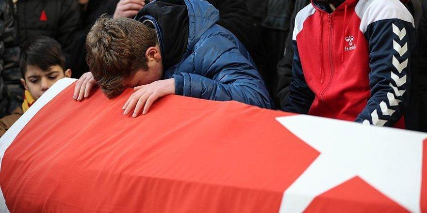 Saldırıda hayatını kaybeden Arık'ın cenazesi toprağa verildi