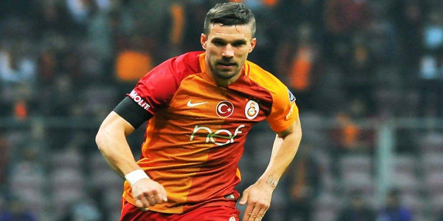 Transferi duyurdu! İşte Podolski'nin yeni takımı