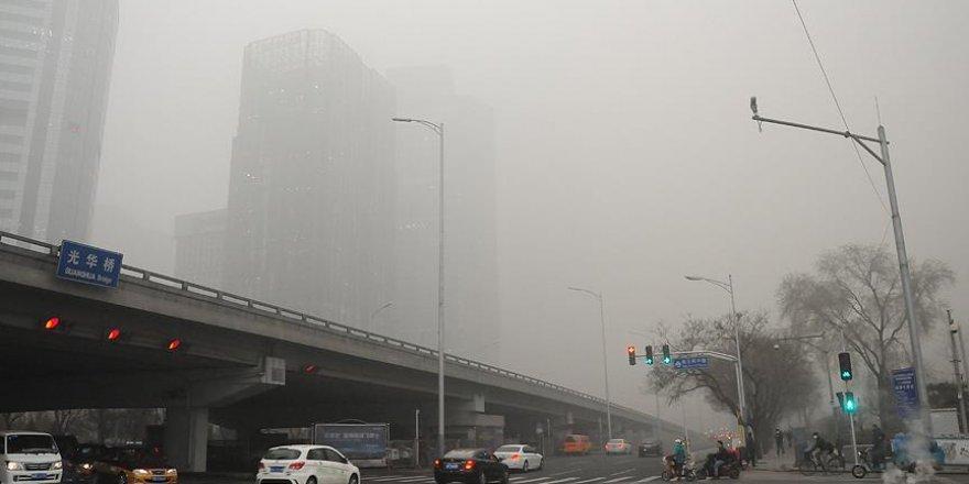 Çin'deki hava kirliliği ulaşımı da etkiledi