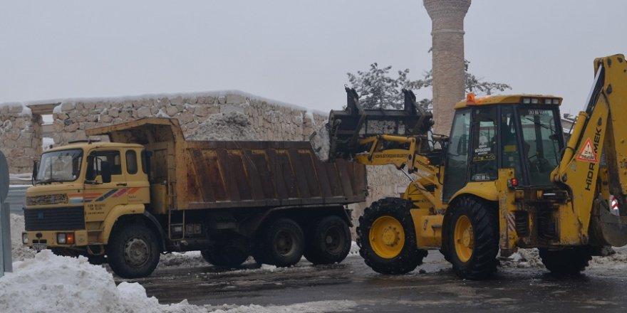 Ilgın'da karla mücadele