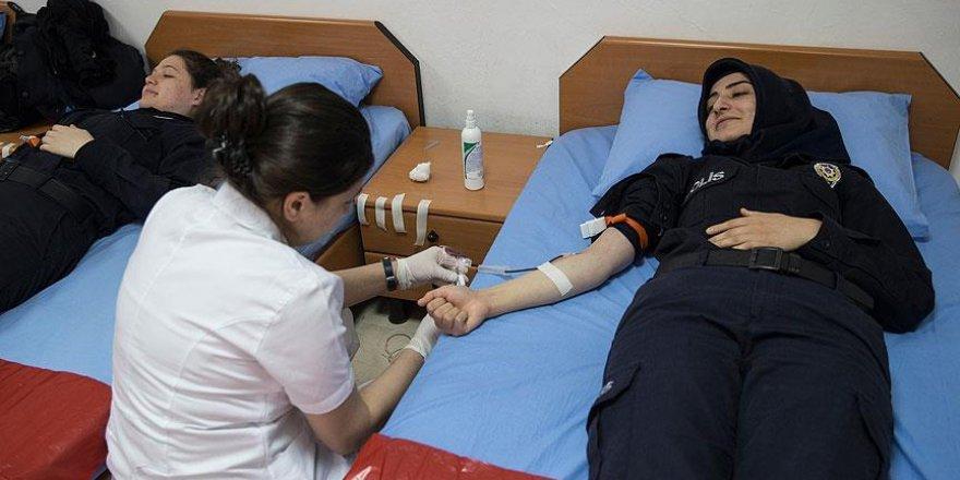 PAEM öğrencilerinden 2 bin ünite kan bağışı