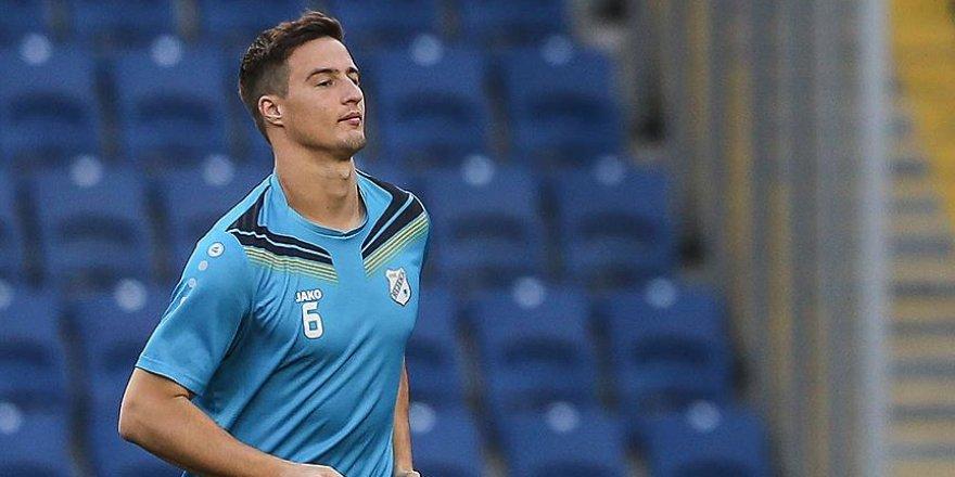 Beşiktaş Mitrovic'i borsaya bildirdi