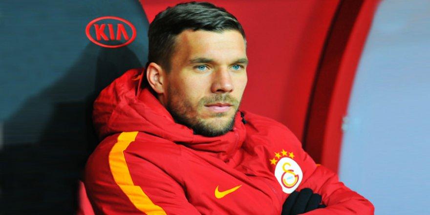 Podolski'den veda gibi açıklama! 'Evet...'