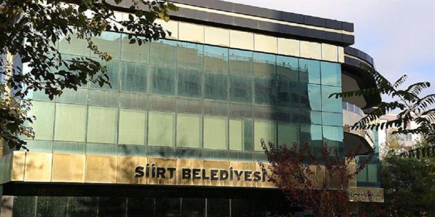 Siirt'te belediye binasına silahla girmeye çalışan kadın yakalandı