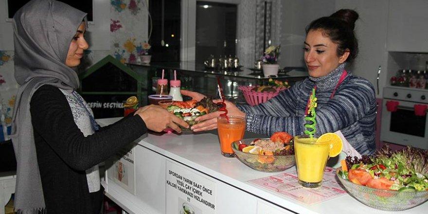 Kadınlara özel 'diyet menülü' lokanta