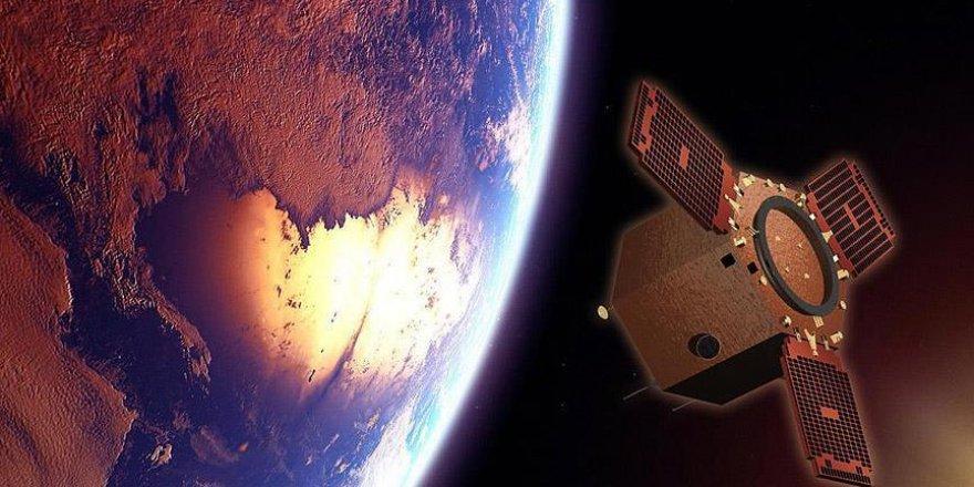 Çin telekomünikasyon uydusu fırlattı