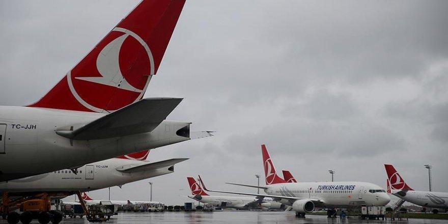 Atatürk Havalimanı'nda tüm uçuşlar durduruldu