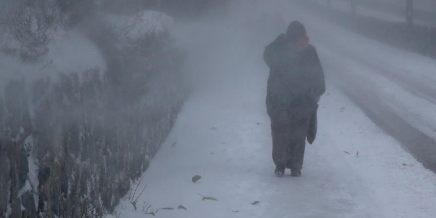 İstanbul'da kar kalınlığı 40 santimetreye ulaştı
