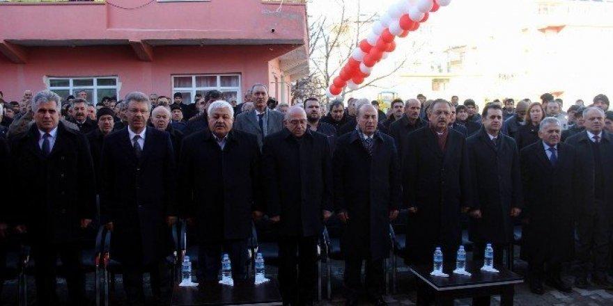 Çevre Bakanı Özhaseki'nin Kayseri temasları
