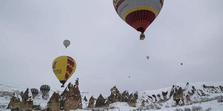 250 bin turist Kapadokya'yı kuşbakışı izledi