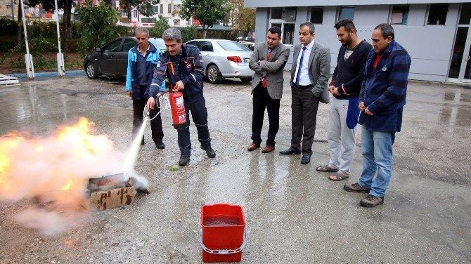 Üniversite öğrencilerine yangın tatbikatı