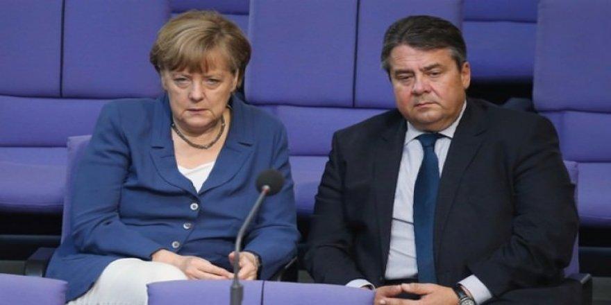 Merkel'in yardımcısından itiraf gibi açıklama