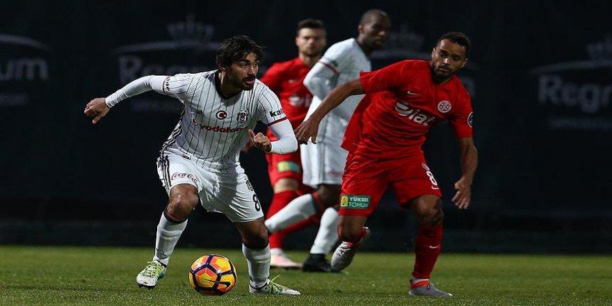 Beşiktaş özel maçta Antalyaspor'a yenildi