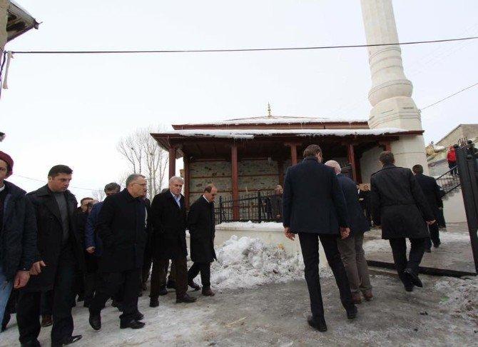 Ağbal, restorasyonu tamamlanan Konursu Ulu Camii'ni inceledi