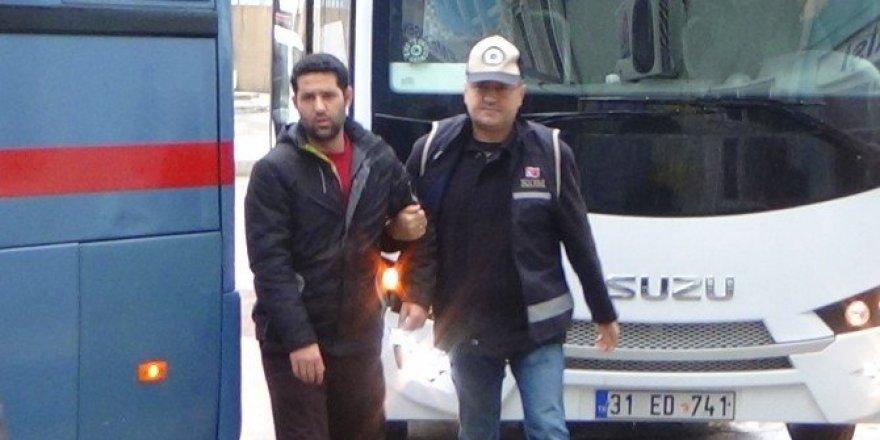 Hatay'da FETÖ/PDY'den 3 kişi tutuklandı