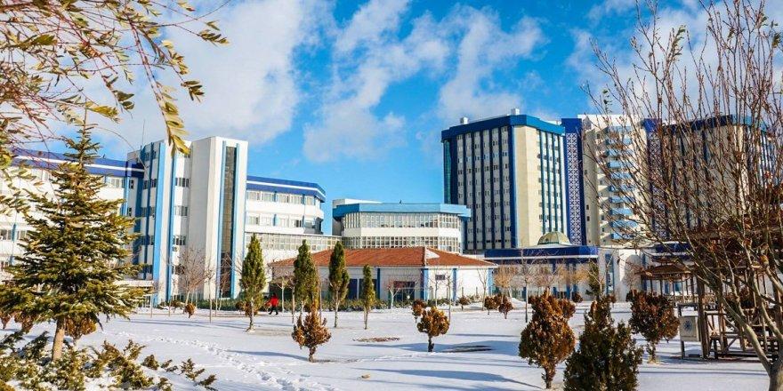 Selçuk Üniversitesi'nde eğitime kar engeli