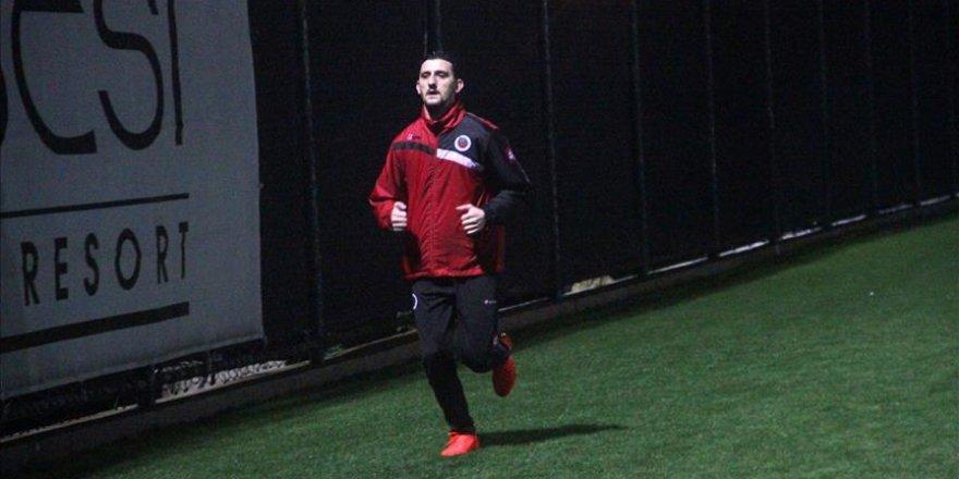 Gençlerbirliği'nin yeni golcüsü rekabete hazır