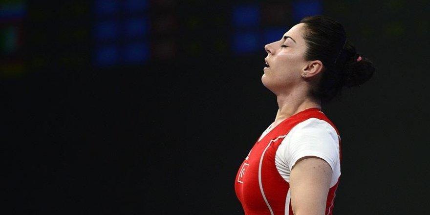 IOC, Sibel Şimşek'i diskalifiye etti