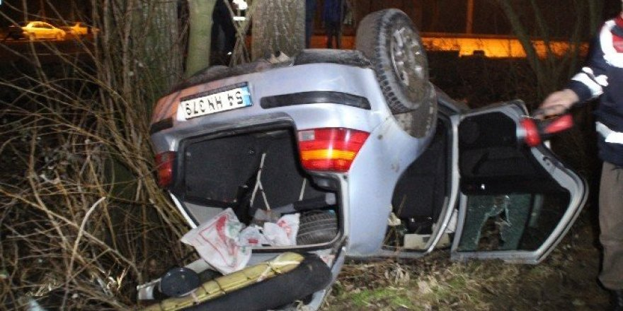 Akyazı'da otomobil şarampole uçtu: 1 yaralı