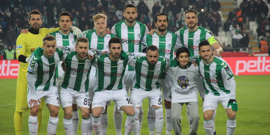 Atiker Konyaspor'da 2 değişiklik