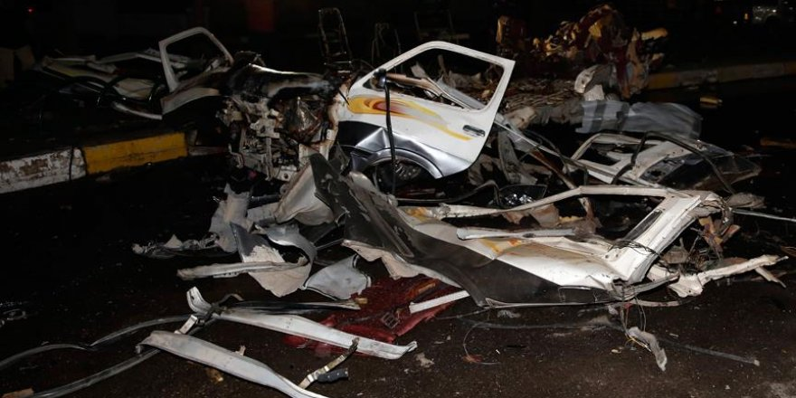 Bağdat'ta gece kulübüne bombalı araçla saldırı