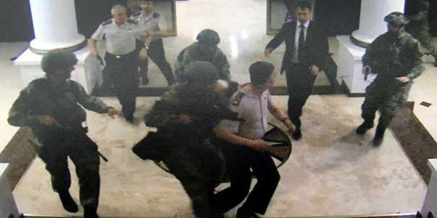 O mesajlar ortaya çıktı! 15 Temmuz gecesi 'sıkıyönetim' kavgası