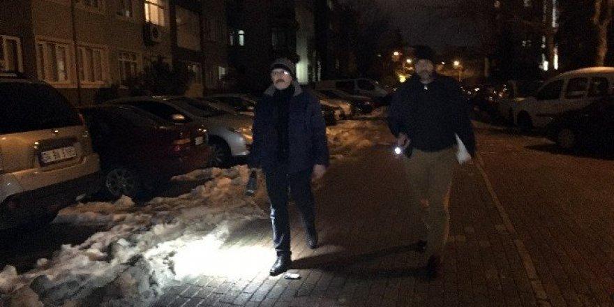 İstanbul'un göbeğinde mahalleli hırsız nöbetinde