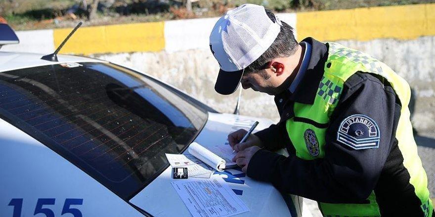 Zehir saçan egzozlar için 1 milyon lira ceza kesildi