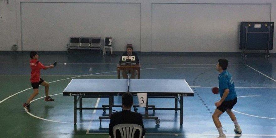 Gümüşhane'de okullararası masatenisi müsabakaları sona erdi