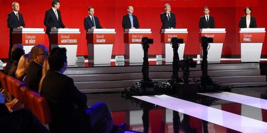 Fransa'da 'mülteciler' üzerinden siyaset yaptılar!