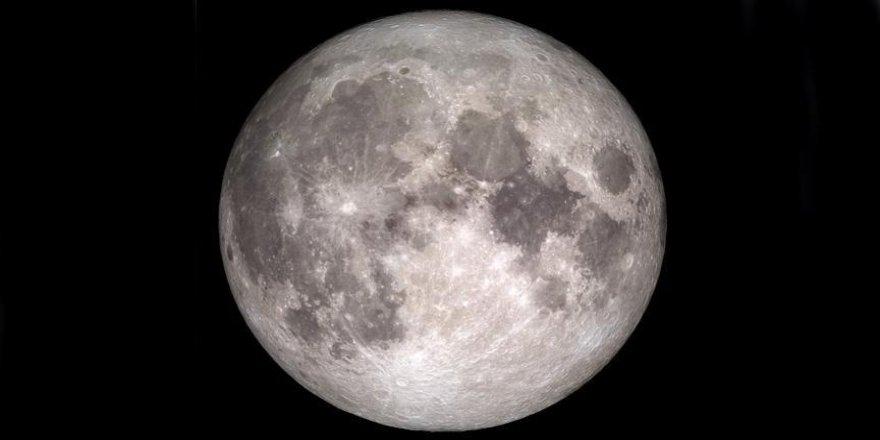 Ay'a ilk özel şirket uçuşu yakın