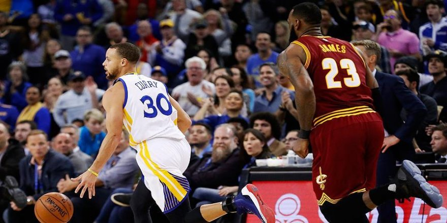 Warriors'tan Cavaliers'a 35 sayı fark