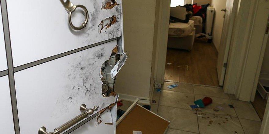 Reina saldırganının yakalandığı ev basına gösterildi