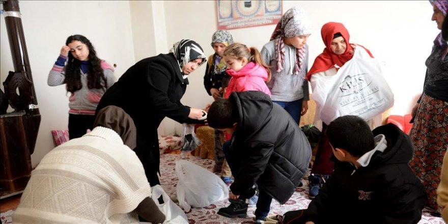 Kilisli kadınlar 'yardım timi'yle görev başında