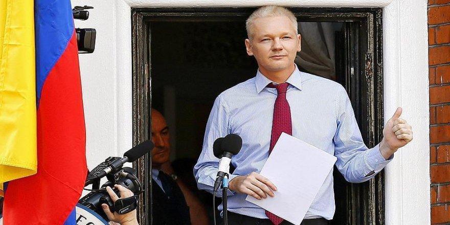 'Assange, söylediği her şeyin arkasında duruyor'