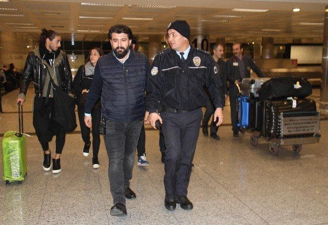 Trabzonspor'un yeni transferi Caceres İstanbul'a geldi