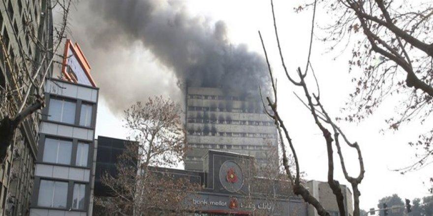 İran'da 17 katlı bina çöktü: 30 itfaiyeci öldü