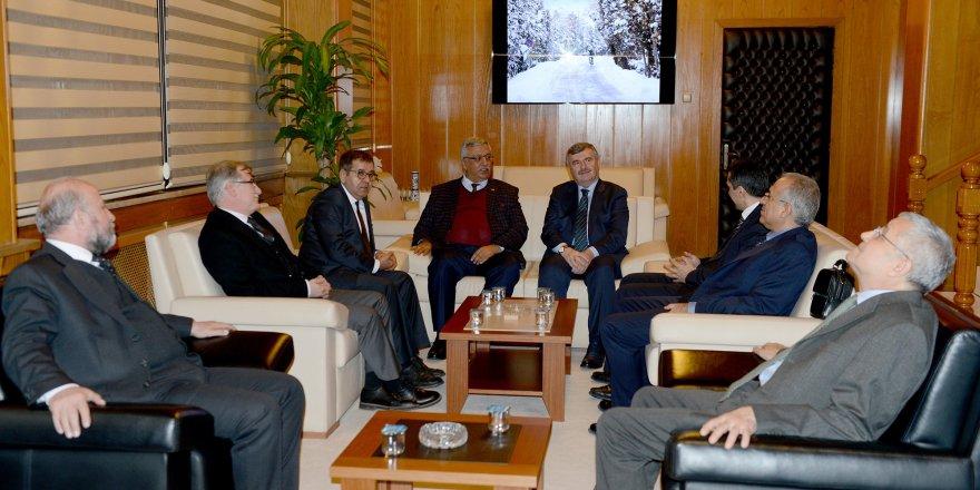 RTÜK üyeleri Başkan Akyürek'i ziyaret etti