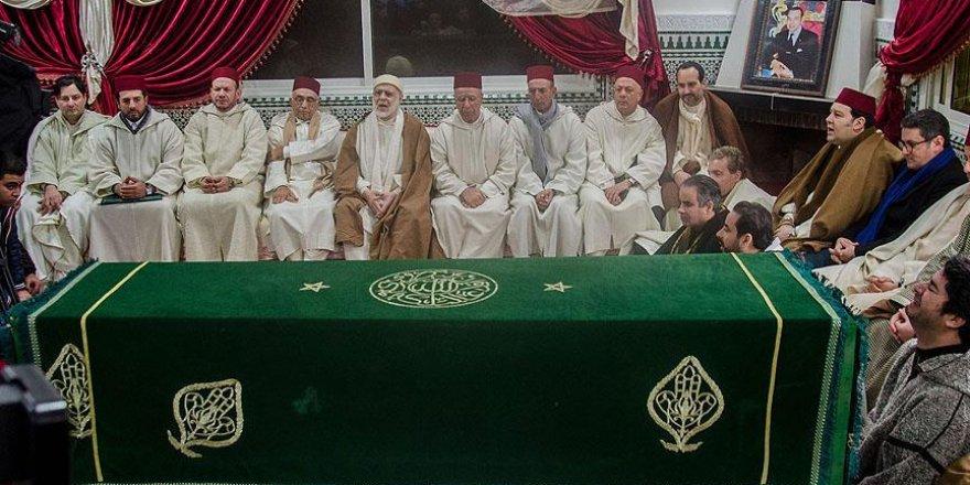 Faslı Kadiri Şeyhi Hamza Bin el-Abbas toprağa verildi