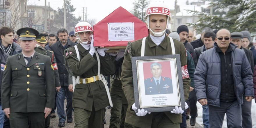 Pilot Öndül'ün cenazesi, Konya'da toprağa verildi
