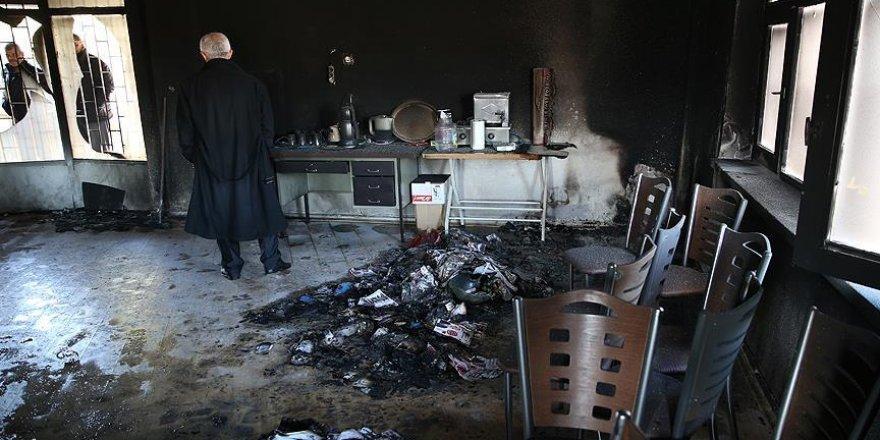 CHP binasını kundaklayan sanığa 3 ayrı suçtan 7 yıl hapis