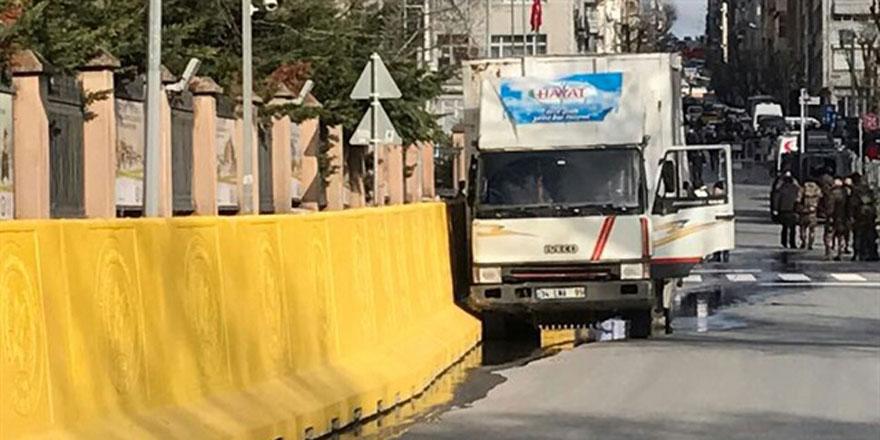 İstanbul Emniyet Müdürlüğü'nde çatışma